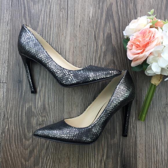 cce84c23afc Nine West Silver Gray Snakeskin Heels NWT